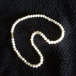 Jewelry - *Vintage* Ivory cool stone necklace